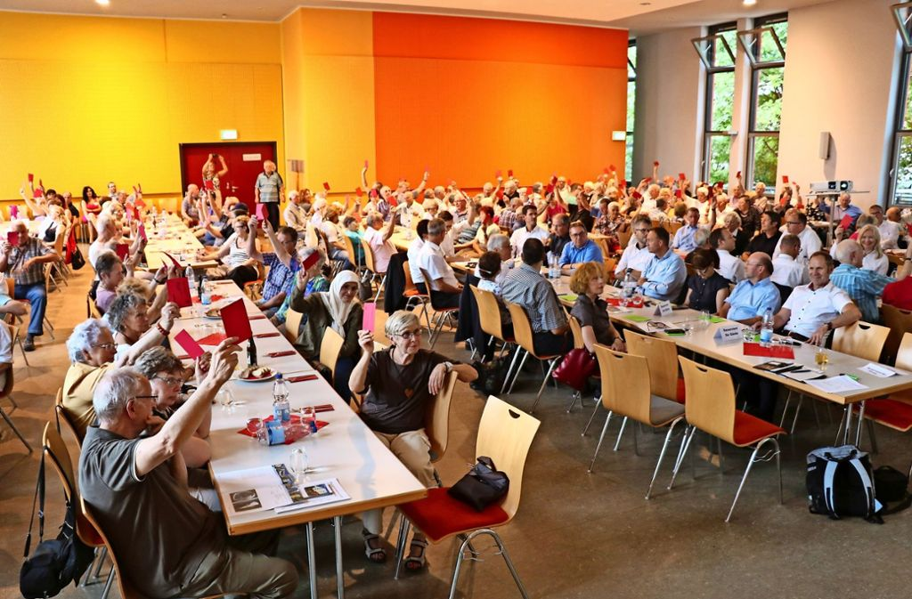 Alle Entscheidungen bei der Mitgliederversammlung der Baugenossenschaft Zuffenhausen fielen am Donnerstagabend einstimmig. Foto: Bernd Zeyer