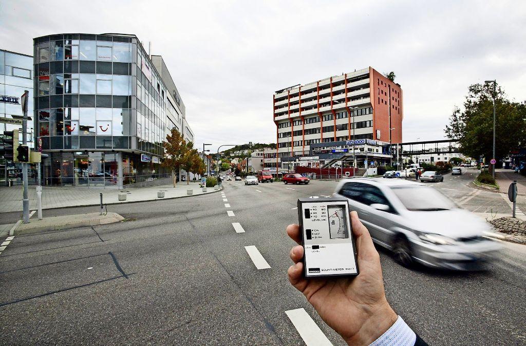 Wenn der Lärm im Leonberger Zentrum gemessen wird, geht der Zeiger schnell nach oben. Foto: factum/Weise