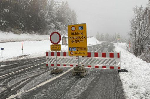 Schnee und Regen sorgen für Chaos