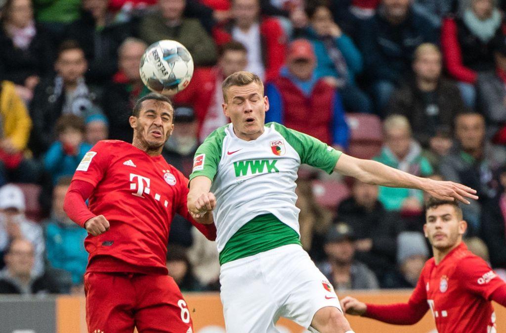 Der FC Bayern kam in Augsburg nicht über ein Unentschieden hinaus. Foto: dpa/Matthias Balk