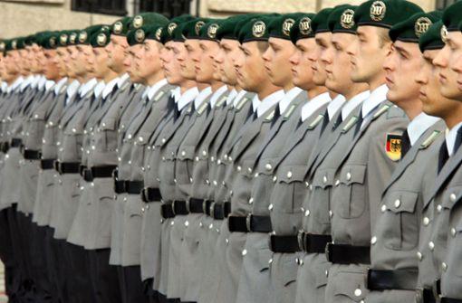 Debatte über Rückkehr zur Wehrpflicht - Neuer Dienst in Bundeswehr