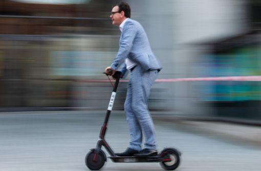Warnung vor Risiken durch E-Scooter