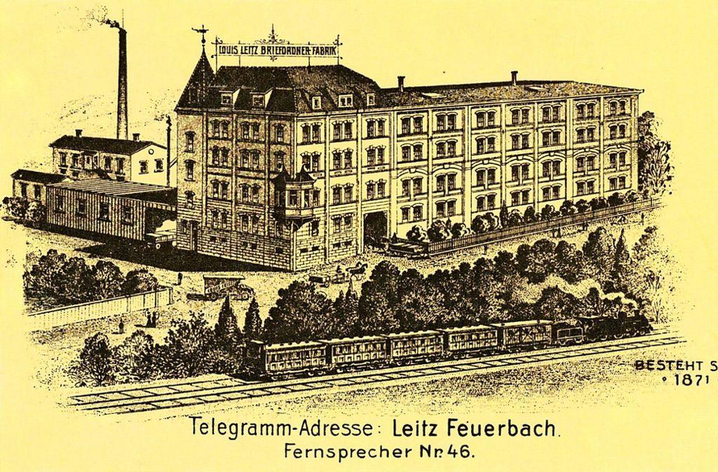 Die Geschichte der Firma Leitz begann 1871, als  Louis Leitz in Stuttgart sein Unternehmen gründete. 1897  wurde der erste Bau seiner Fabrik in Feuerbach vom Architekten Gottlob Schäufelin begonnen und 1898 fertiggestellt. Weitere Gebäude kamen bis in die 1990er Jahre hinzu. Foto: Wirtschaftsarchiv Baden-Württemberg/Judith A. Sägesser