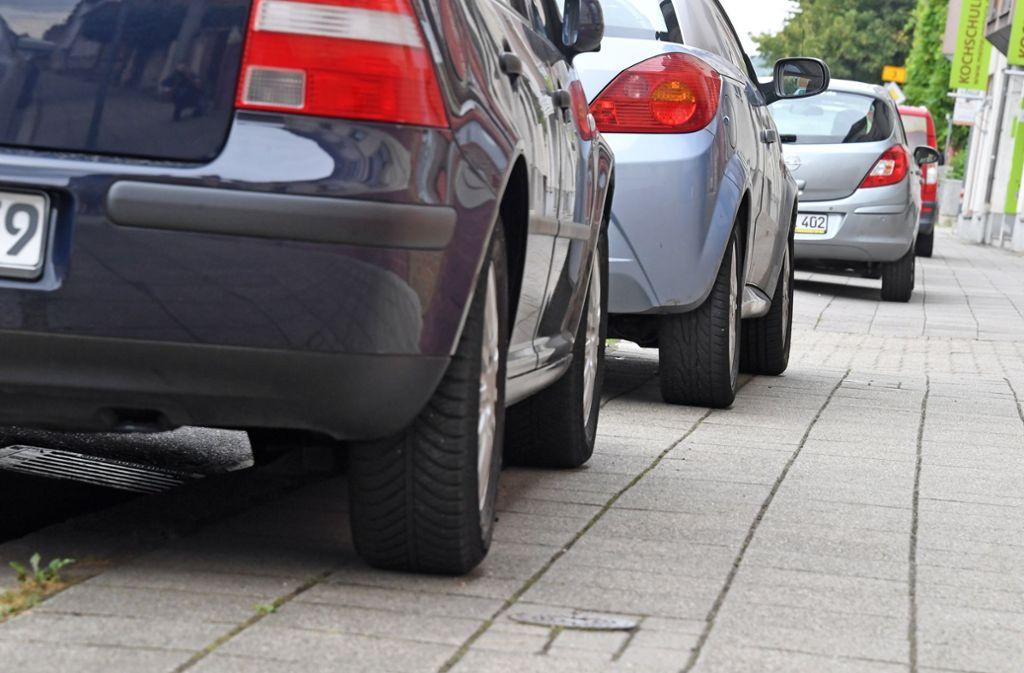 Vor allem in Städten mit großer Parkplatznot sind Falschparker zunehmend ein Ärgernis. Foto: dpa