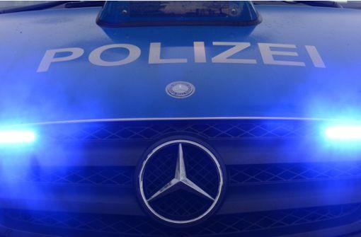 In Smart gekracht und geflüchtet – Polizei sucht Zeugen