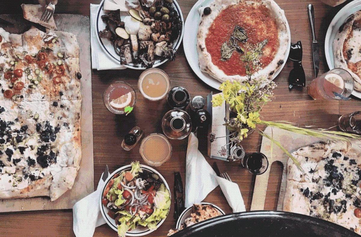 Der Kessel bietet viele kulinarische Highlights. Wir haben für euch eine Auswahl an Dingen, die man in Stuttgart gegessen haben sollte. Foto: Joachim Baier