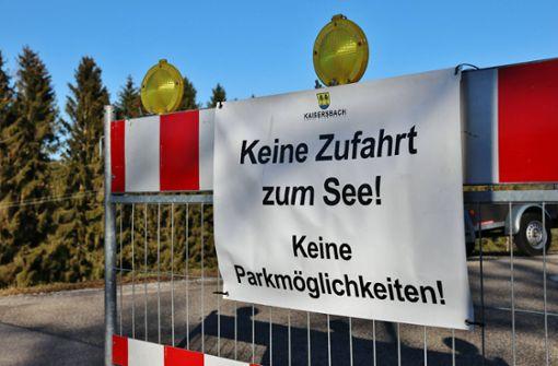 Gemeinde sperrt Parkplatz