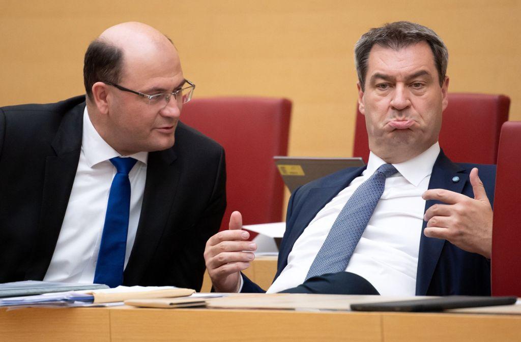 Bayerns Ministerpräsident Markus Söder (r.) und Albert Füracker, bayerischer Finanzminister Foto: dpa