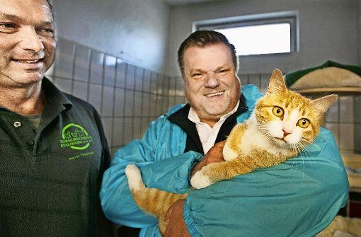 Der Tierheimleiter Horst Theilinger (links)  und der  Tierschutzbund-Präsident Thomas Schröder freuen sich auf den Bau. Foto: Ines Rudel