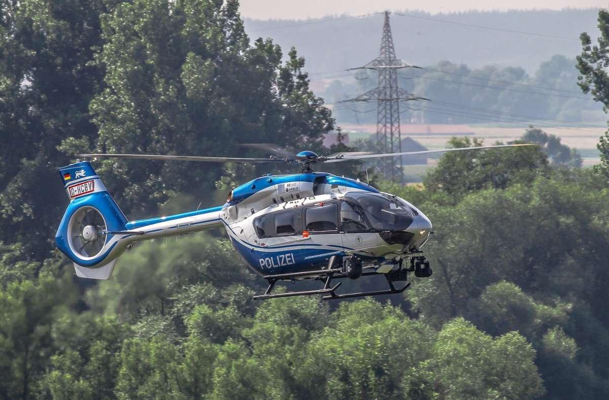 Die Polizei fahndete nach einem der Überfälle auch mit einem Hubschrauber. Foto: Polizeipräsidium Einsatz/Airbus Helicopters (c) Charles A