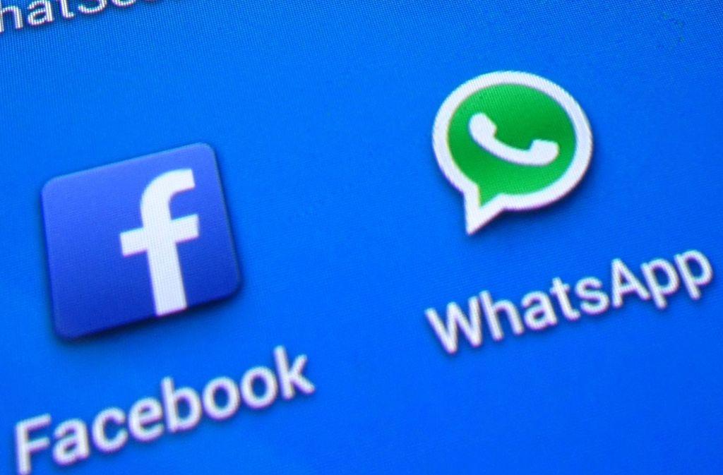 Weltweit klagen Nutzer von WhatsApp, Facebook und Instagram über Störungen. Foto: picture alliance / dpa