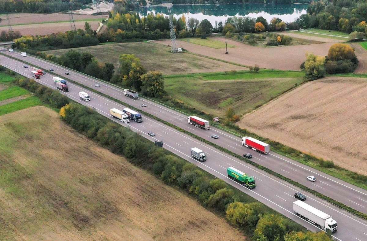 Die Berechnung der Maut für Lkw soll europaweit geändert werden. (Symbolbild) Foto: Lichtgut/Max Kovalenko/Max Kovalenko