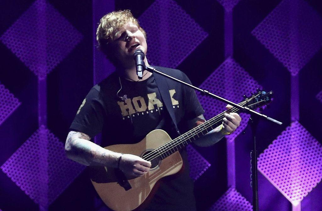 Weltweit unangefochten auf Platz 1 setzt sich der britische Künstler Ed Sheeran fest. Auf welchen Platz er es bei den Stuttgartern schafft, verrät unsere Fotostrecke. Foto: AP