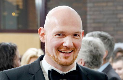 Astro-Alex fährt bei Kölner Rosenmontagszug mit