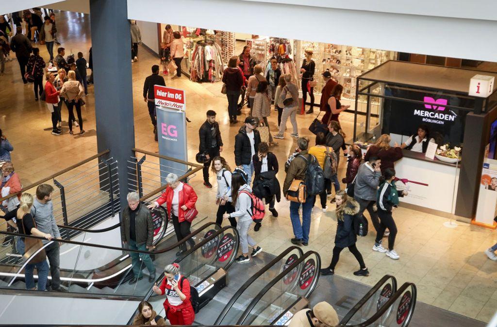 Viel los: Im Jahr kommen mehr als acht Millionen Kunden in das Einkaufszentrum am Böblinger Bahnhof. Foto: factum/Simon Granville