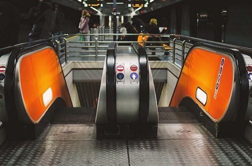 Die lustigsten Rezensionen für Stuttgarter U-Bahnhöfe