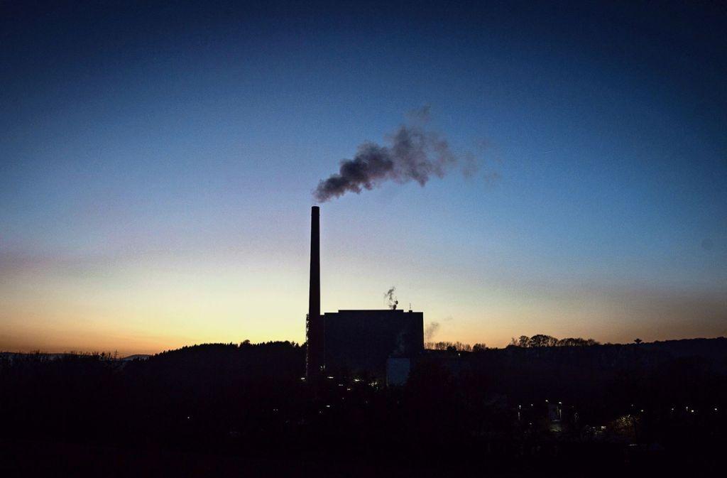 Im Göppinger Müllheizkraftwerk dampft  es bald schon  etwas mehr. Foto: dpa