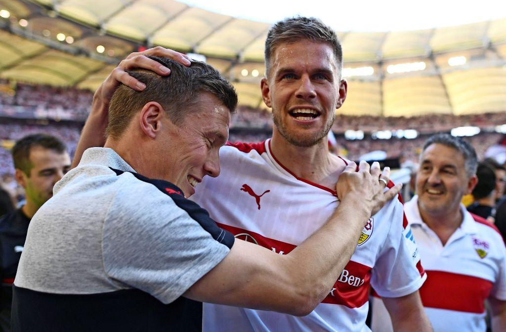 Erfolgsduo: Trainer Hannes Wolf und Stürmerstar Simon Terodde sind Garanten des VfB-Erfolgs. Foto: Bongarts