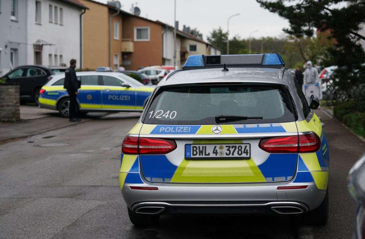 Die Polizei im Einsatz in einer Wohnung in Backnang Foto: SDMG/SDMG / Kohls