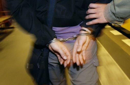2.8.: Betrunkenen Taschendieb festgenommen