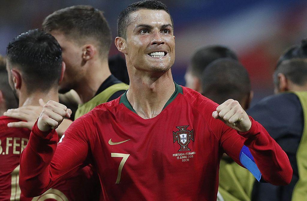 Nicht alle Fußball-Fans freuen sich über den Wechsel von Cristiano Ronaldo von Real Madrid zu Juventus Turin. Foto: AP