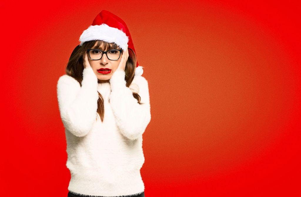 Die Dauerbeschallung mit Weihnachtssongs wird oft als Belästigung empfunden. Foto: luismolinero