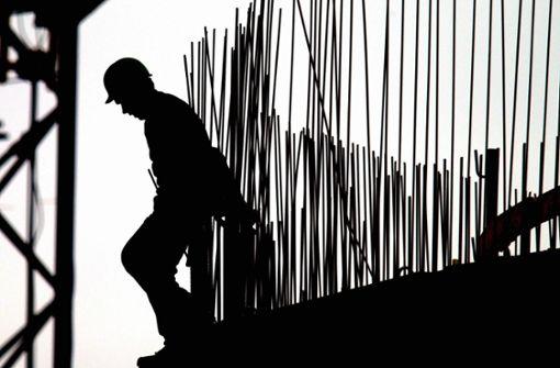 Arbeitnehmern entgehen durch Überstunden fast  drei Milliarden Euro im Jahr
