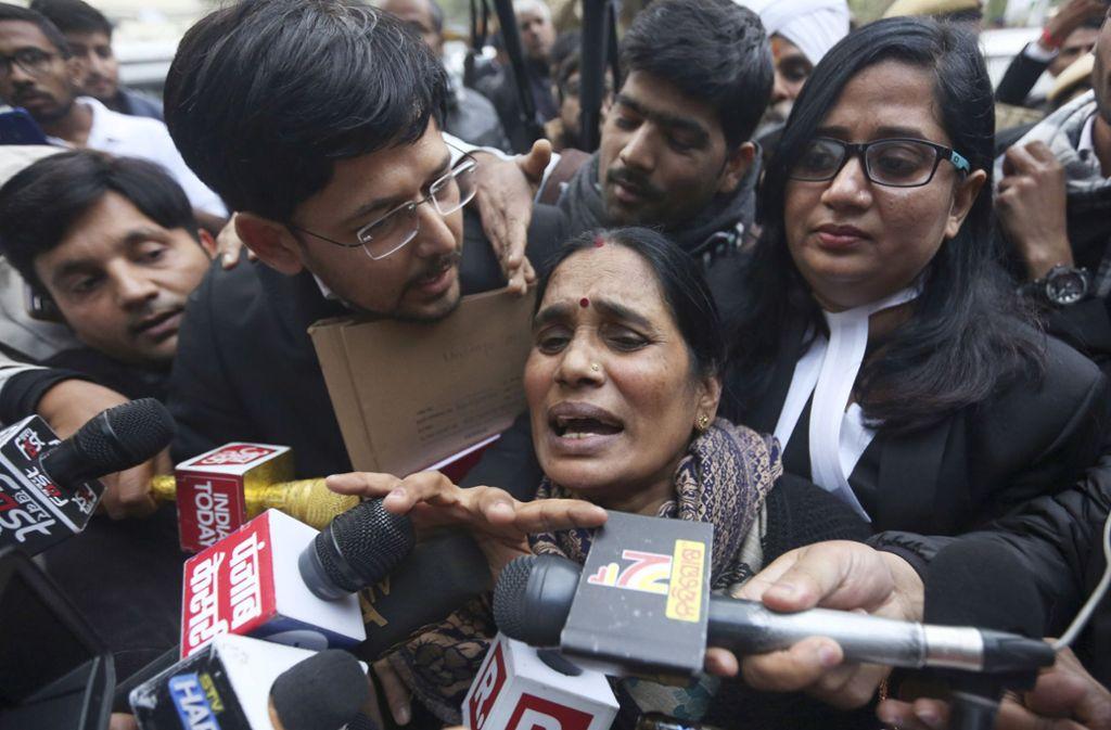 """""""Dieses Urteil wird den Glauben der Menschen an die Justiz bestärken"""", sagte die Mutter des Opfers, Asha Devi. Foto: AP"""