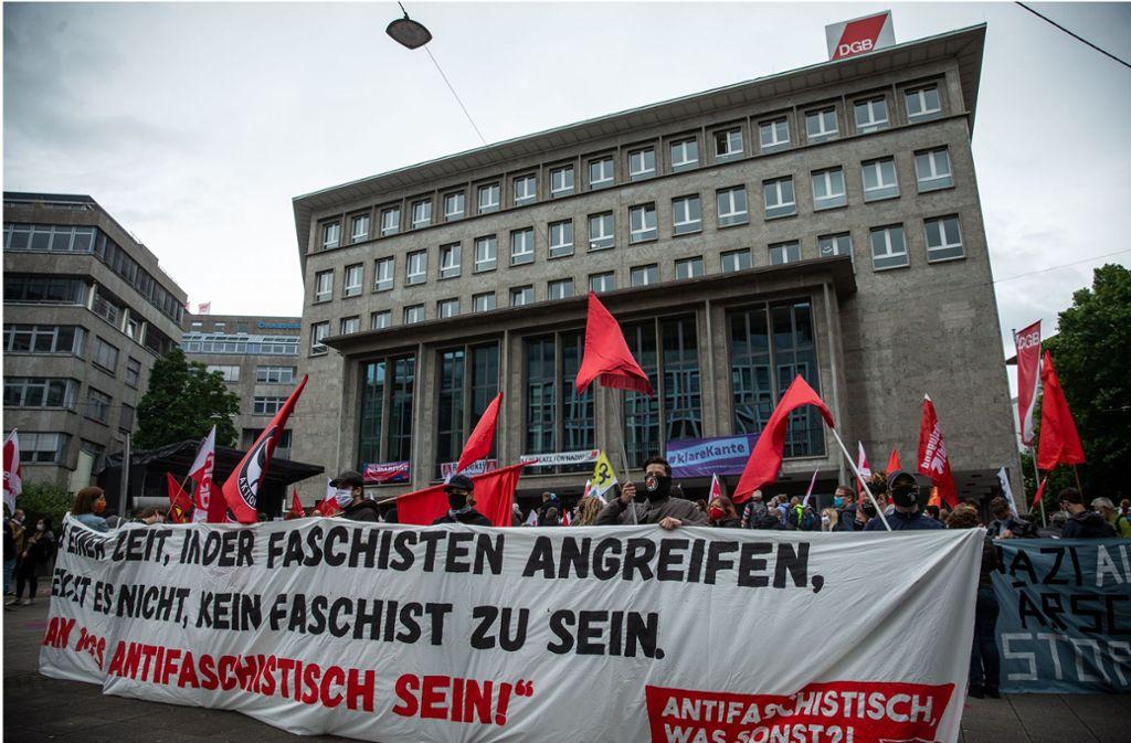 Der DGB ruft zu Demokratie auf, 300 Teilnehmer folgten. Foto: Lichtgut/Leif-Hendrik Piechowski