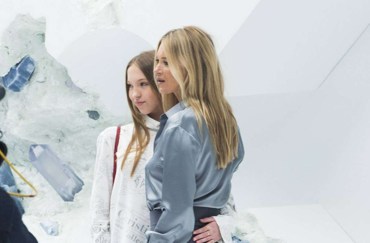 Schönes Mutter-Tochter-Gespann: Kate und Lila Grace Moss. Foto: imago images / PanoramiC/JB Autissier