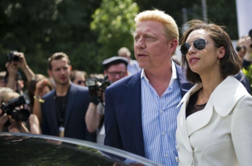 Boris Becker, nein, nicht in Leimen, sondern auf der Fashion Week in Berlin, neben ihm seine Frau Lilly. Foto: