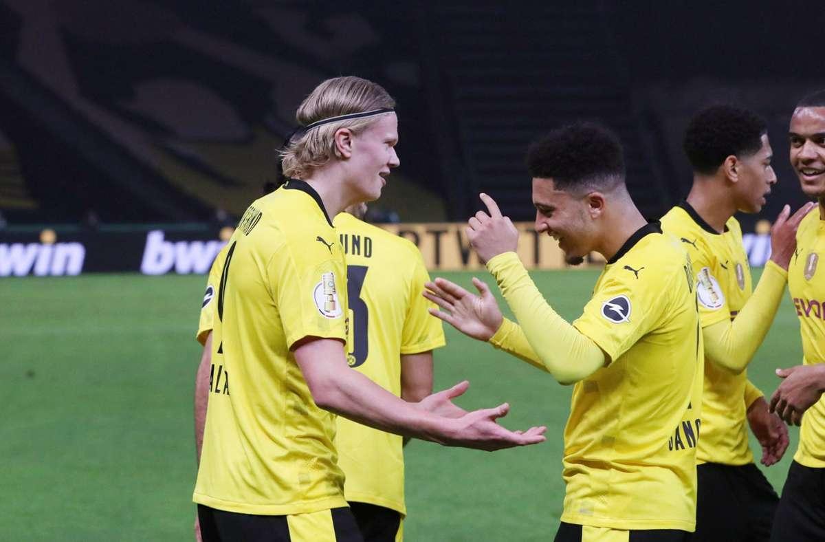 Dortmunder Torjubel nach dem 0:2 durch Erling Haaland (links). Foto: imago images/Picture Point LE/Sven Sonntag