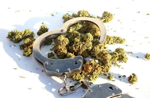 Polizei entdeckt ein Kilo Marihuana – zwei Männer in Haft