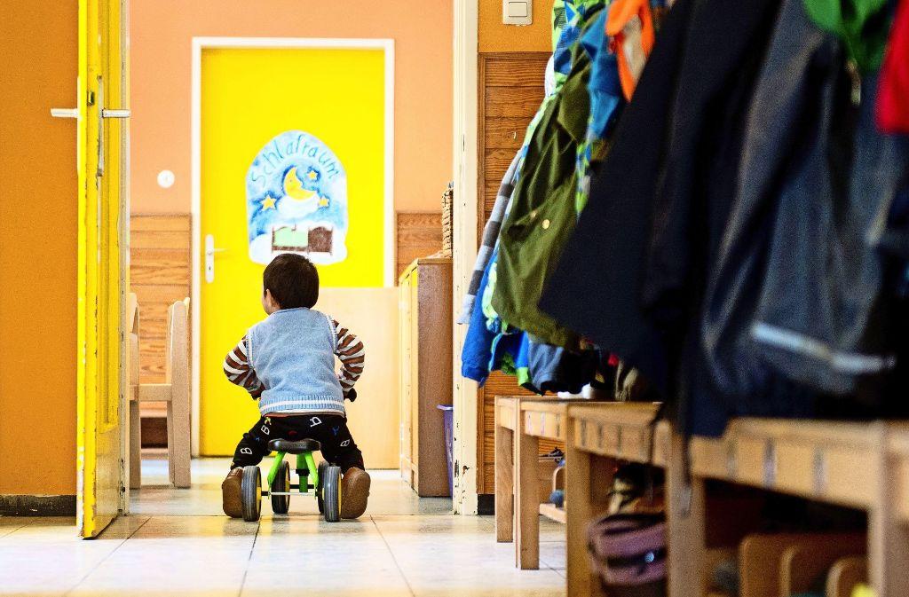 Wo geht's hier zum Vesperbuffet? In Kindergärten dürfen die Kleinen auch ihren Bewegungsdrang ausleben. Foto: dpa