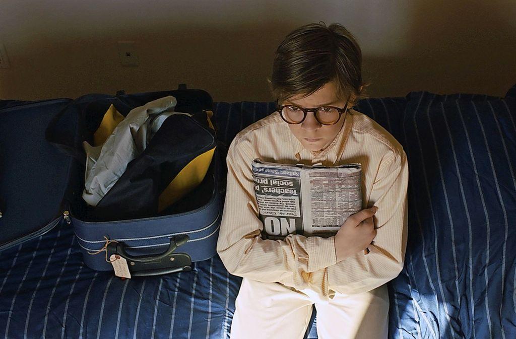 Oakes Fegley spielt den 13-jährigen Theo, der seine Mutter bei einem Terroranschlag verliert. Foto: Verleih