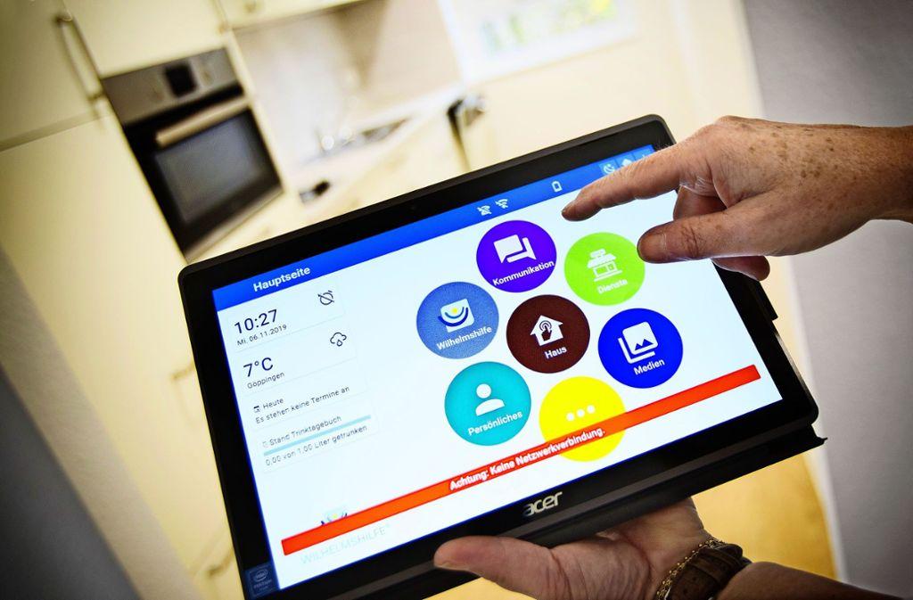 """Per Tablet """"Mein Paul"""" können Senioren ihren Alltag einfacher gestalten. Foto: /Horst Rudel"""