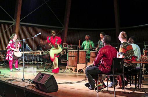 Afrikanische Rhythmen zum Abschluss der Weltwochen