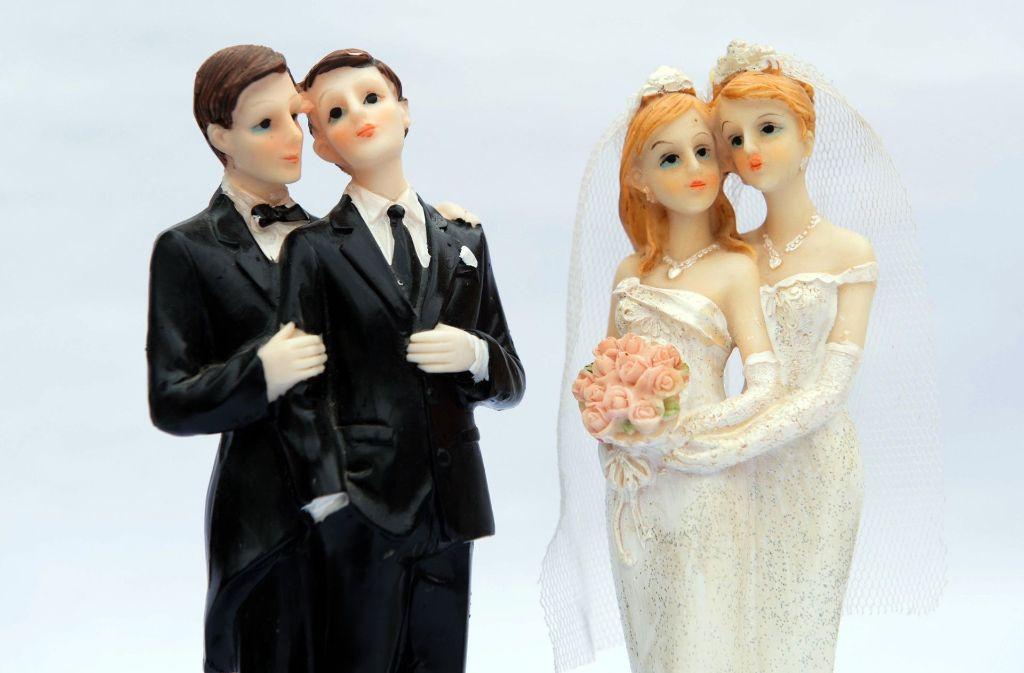 Gleichgeschlechtliche Paare auf Hochzeitstorten: Foto: dpa