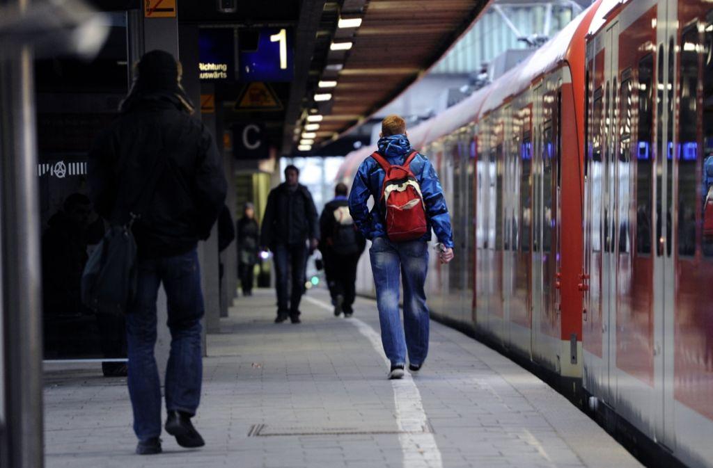 Die Bahn sieht erste Erfolge bei der Pünktlichkeit der S-Bahnen. Foto: dpa