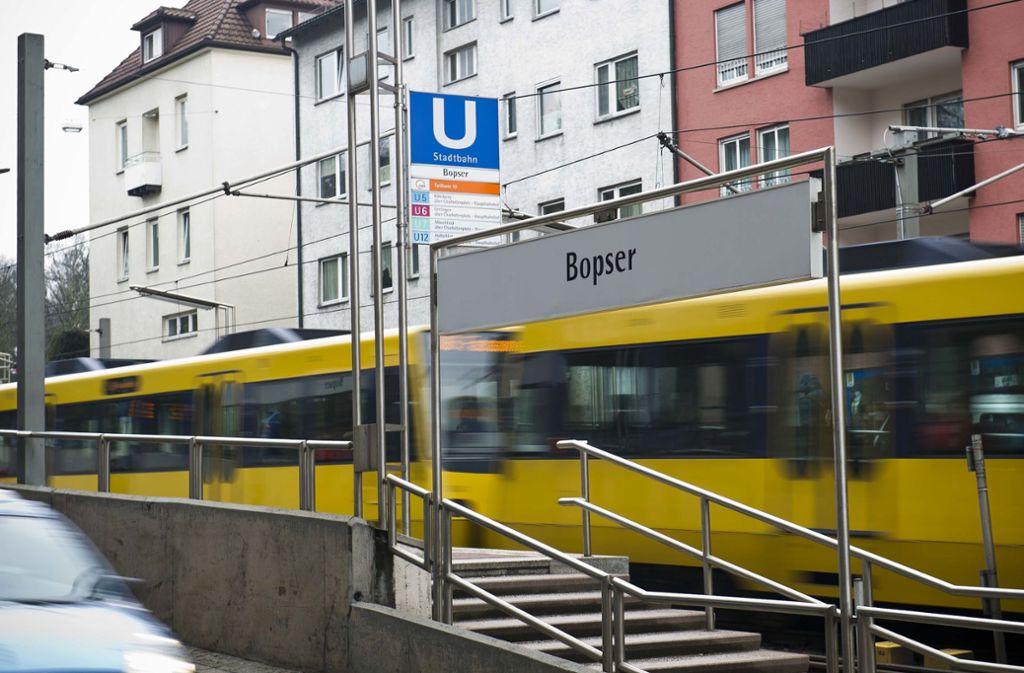 Die alarmierten Beamten fahndeten vergeblich nach dem Täter. (Symbolbild) Foto: Lichtgut/Max Kovalenko