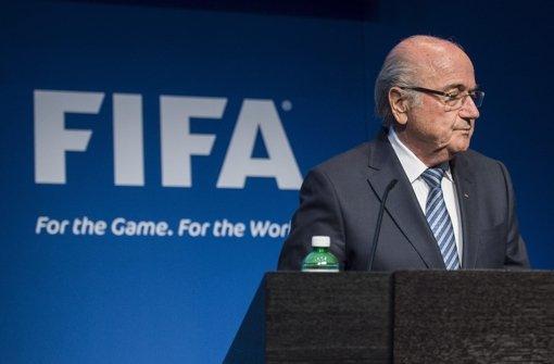 Korruptionsskandal: Fifa-Präsident Sepp Blatter tritt zurück Foto: dpa