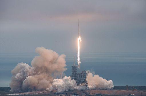 """""""Falcon 9""""-Trägerrakete zur Raumstation ISS gestartet"""