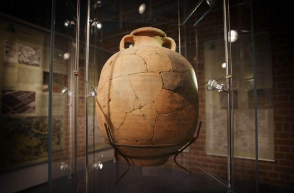 Diese römische Amphore ist ebenfalls in der Ausstellung zu sehen. Foto: Gottfried Stoppel
