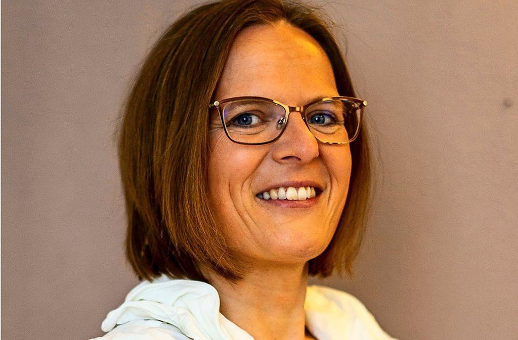 Frau Ordnung alias Angela Ludwig hilft anderen beim Ausmisten. Foto: privat