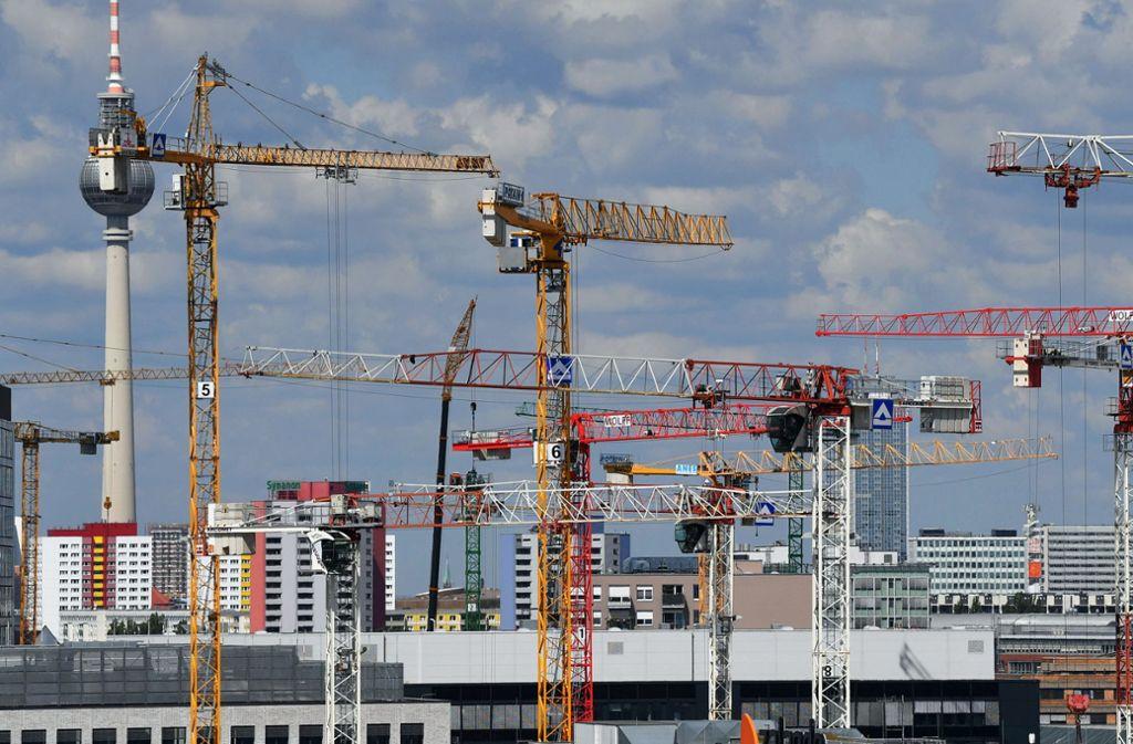 Trotz Bauboom mangelt es auch in der Hauptstadt an genügend bezahlbaren Wohnungen. Foto: dpa-Zentralbild