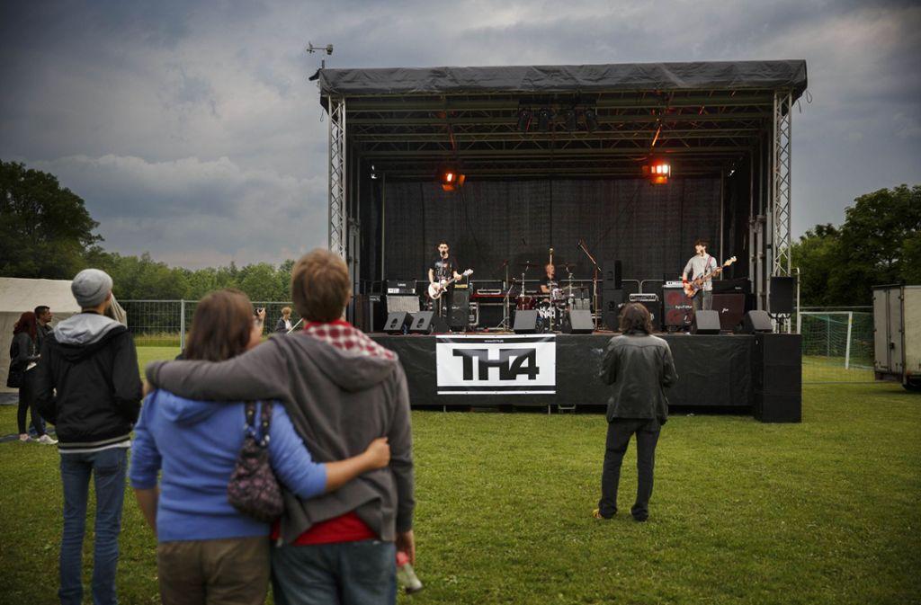 Einen Jugendfestplatz am Backnanger Stadtrand gibt es längst, er wird nicht oft genutzt. Jetzt wünschen sich die jungen Leute, die an einer Umfrage teilgenommen haben, einen Platz in der City. Foto: Stoppel/Archiv