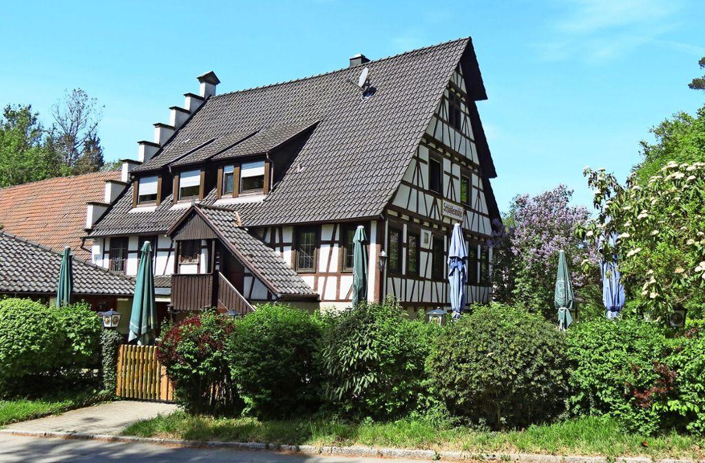 Im Jahr 1928 hat der Großvater des heutigen Schlößlesmühlen-Inhabers Walter Stäbler das  nun zum Kauf angebotene Anwesen im Siebenmühlental erworben. Foto: