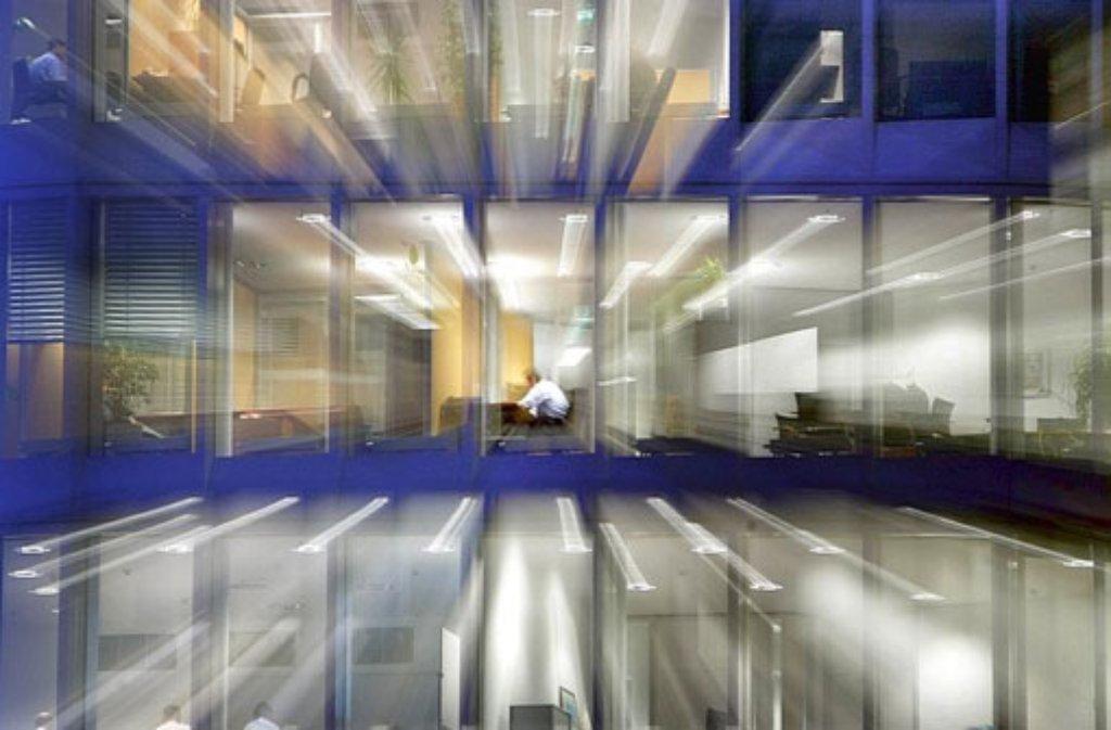 Überstunden um jeden Preis? Was darf der Chef anordnen und was ist nicht erlaubt? (Symbolfoto) Foto: dpa