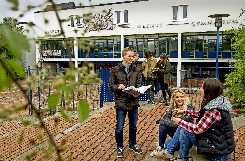 Die Nachfrage ist enorm: Wie an vielen privaten weiterführenden Schulen wurde auch am Albertus-Magnus-Gymnasium unter den Bewerbern für Klasse 5 gelost. Foto: Lichtgut/Max Kovalenko