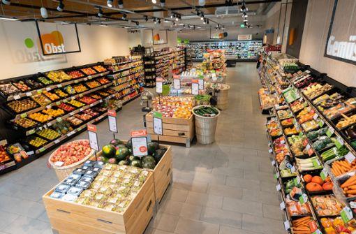 """200 frische Bio Obst- und Gemüsesorten bieten die """"tegut…"""" Märkte über das Jahr an,ungefähr die Hälfte davon in hochwertiger Bio-Verbandsqualität – also Demeter, Bioland, Naturland und viele mehr."""